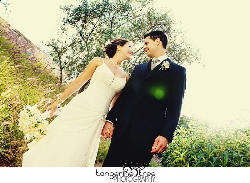 San diego bride and groom estancia